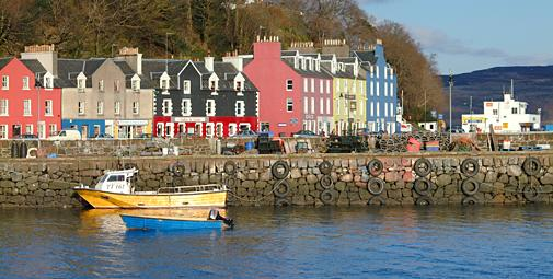 Tobermory Harbour © Andrew Oldacre